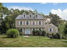 15 High Hill Cir, Madison, CT 06443