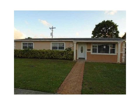 3370 Nw 189th St, Miami Gardens, FL 33056