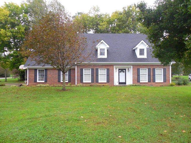 1101 secretariat danville ky 40422 home for sale and real estate listing. Black Bedroom Furniture Sets. Home Design Ideas