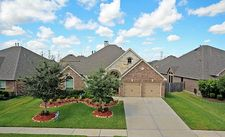 2614 Sweet Wind Dr, Pearland, TX 77584