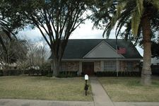 12038 Cliffgate Dr, Houston, TX 77072