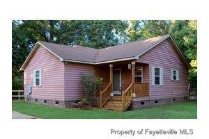 5885 Saint Patricks Dr, Fayetteville, NC 28306