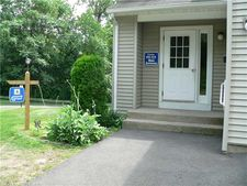 406 Carlton Ln, Rocky Hill, CT 06067