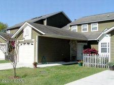 902 Cedarwood Dr, Morehead City, NC 28557