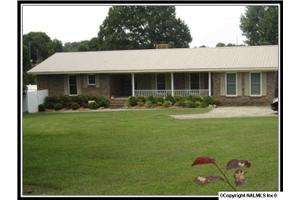 1476 County Road 34, CROSSVILLE, AL 35962