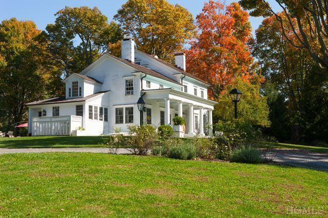 quaker hill singles Your best source for quaker hill, ct homes for sale, property photos, single family homes and more.