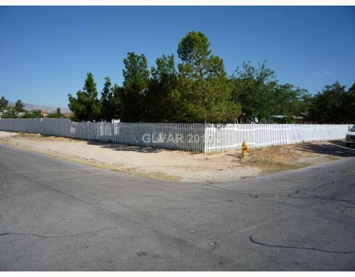 4301 Hatch St, North Las Vegas, NV 89032