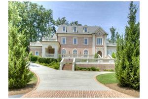 5620 Claire Rose Ln, Sandy Springs, GA 30327