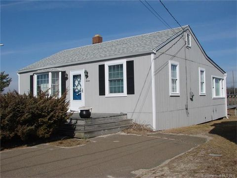 7 Shetucket Trl, Old Saybrook, CT 06475