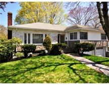 106 Woodcliff Rd, Brookline, MA 02467