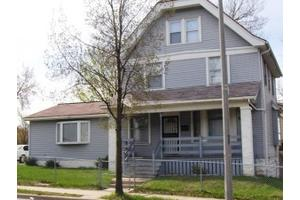 1033 W Keefe Ave, Milwaukee, WI 53206
