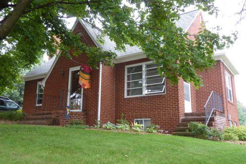 Photo of 420 Thompson St, Dayton, VA 22821