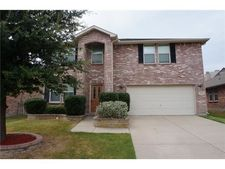 8841 Quarry Ridge Trl, Fort Worth, TX 76244