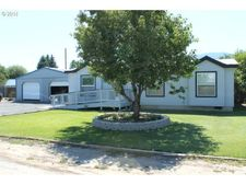 815 Long St, Haines, OR 97833