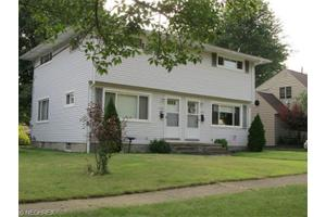 1500-1502 Bancroft St, Cuyahoga Falls, OH 44221