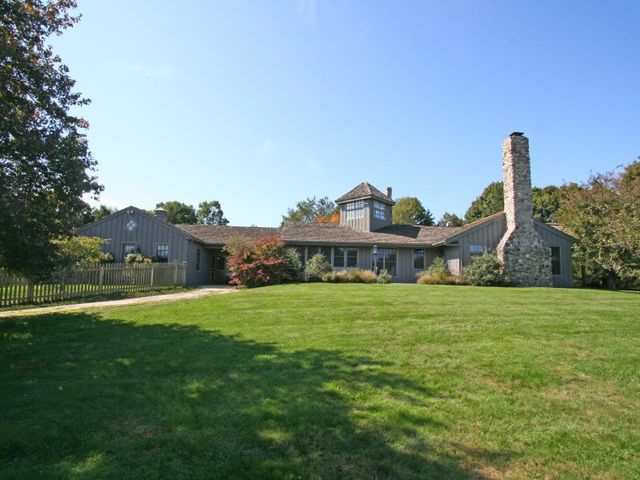 472 further ln east hampton ny 11937 home for sale and for Homes for sale east hampton ny