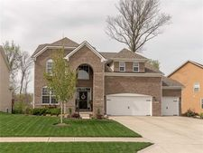 11014 Sunny Bluff Dr, Indianapolis, IN 46236