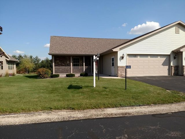 N6581 westwind dr fond du lac wi 54937 home for sale for Home builders fond du lac wi