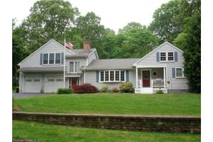 31 Old Hickory Ln, Branford, CT 06405
