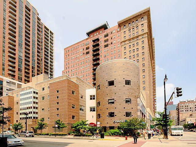 40 E 9th St Apt 712 Chicago Il 60605 Home For Sale And