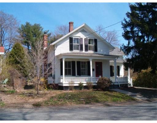 8 Clifton Ave, Amherst, MA 01002