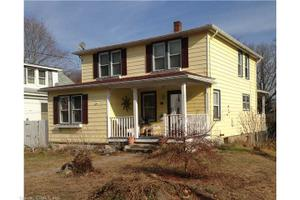 229 Mansfield Ave, Willimantic, CT 06226