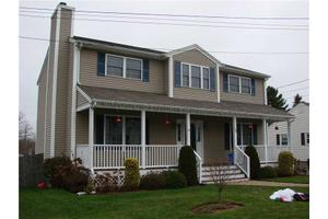 Photo of 10 WHEELER AV,Bristol, RI 02809