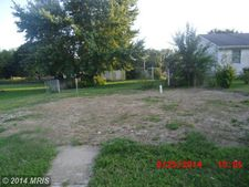 425 Cypress St, Millington, MD 21651