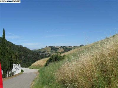 24550 Palomares Canyon Rd, Castro Valley, CA