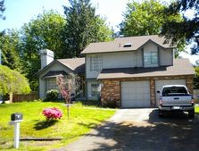 29404 215th Ave Se, Kent, WA 98042