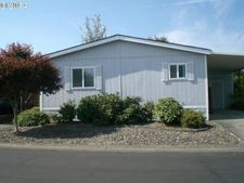 51519 Se 6th St, Scappoose, OR 97056