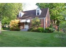136 E Northview Ave, New Castle 2nd, PA 16105