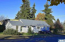 341 S 5th Ave, Sequim, WA 98382
