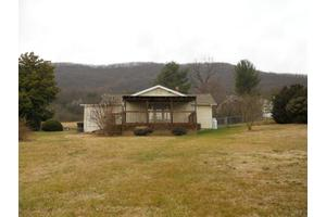 4515 Yellow Mountain Rd, Roanoke, VA 24014
