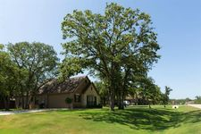 101 Live Oak Dr, Krugerville, TX 76227