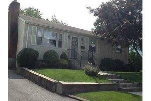 106 Barrett Ave, North Providence, RI 02904