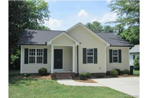 679 Harris St NW, Concord, NC 28025