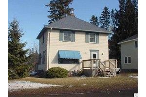 21 Don Avon St, Duluth, MN 55803