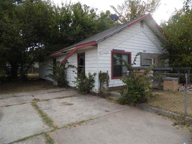906 Sw G Ave Lawton Ok 73501 Home For Sale And Real