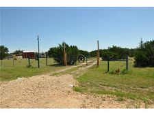 1100 County Road 221, Florence, TX 76527