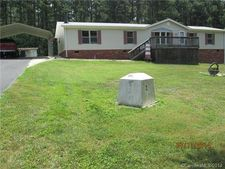 217 Mountain Meadows Dr, Bessemer City, NC 28016
