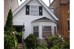 2847 N Damen Ave, Chicago, IL 60618