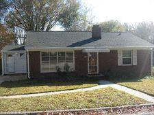 1117 N Woodleigh Cir, Reidsville, NC 27320