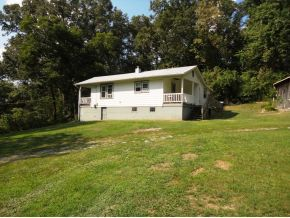 243 Short Coal Chute Rd, Elizabethton, TN 37643