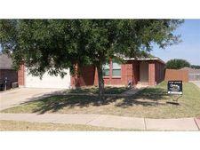 5029 Prestwick Dr, Fort Worth, TX 76135