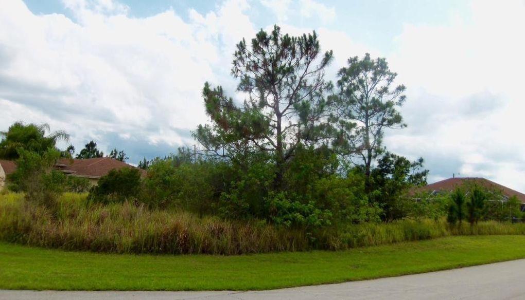 2682 SW Juliet Ave Port Saint Lucie, FL 34987