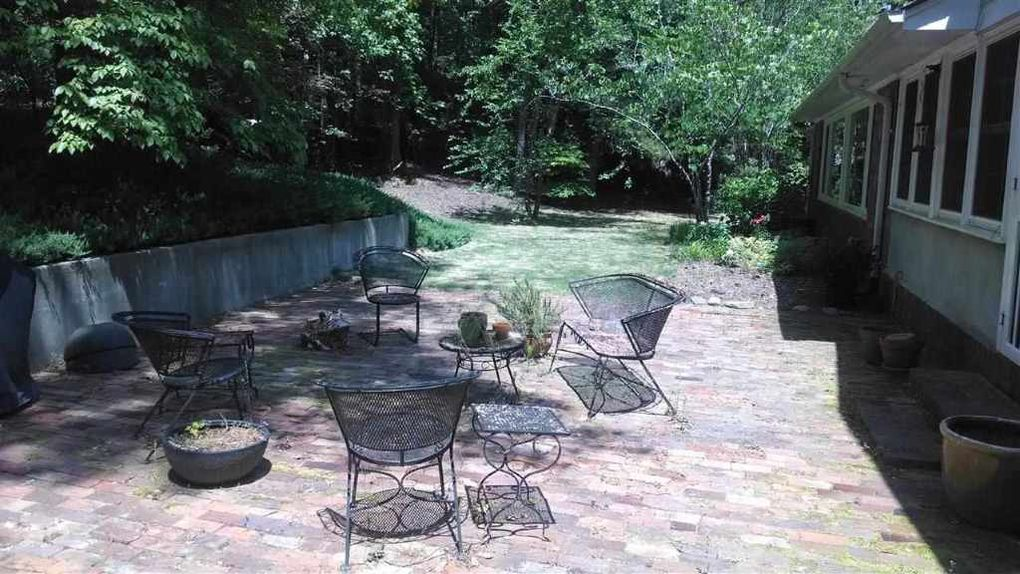 635 S Valley Rd, Southern Pines, NC 28387 - realtor.com®