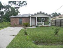 6168 Forrest St, Bay Saint Louis, MS 39520