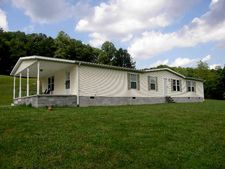 3260 Old Burning Fork Rd, Salyersville, KY 41465