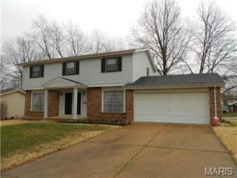 15444 Eaglepass Dr Chesterfield, MO 63017